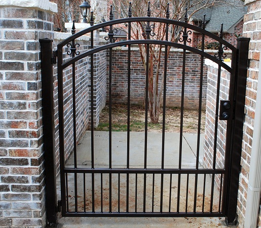 Res single steel gates gkw wrought iron kent