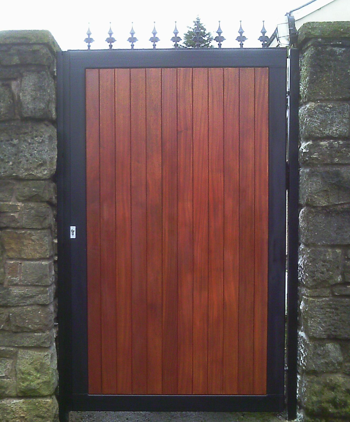 Wrought iron wood gates images for Single wooden driveway gates