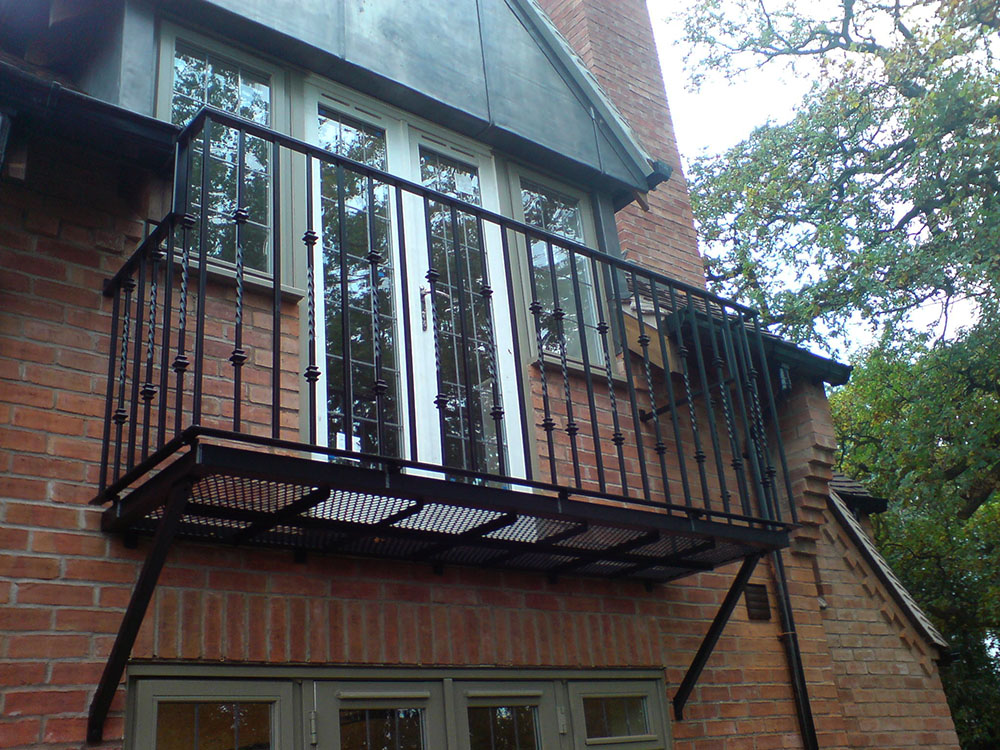 Balconies - GKW Wrought Iron